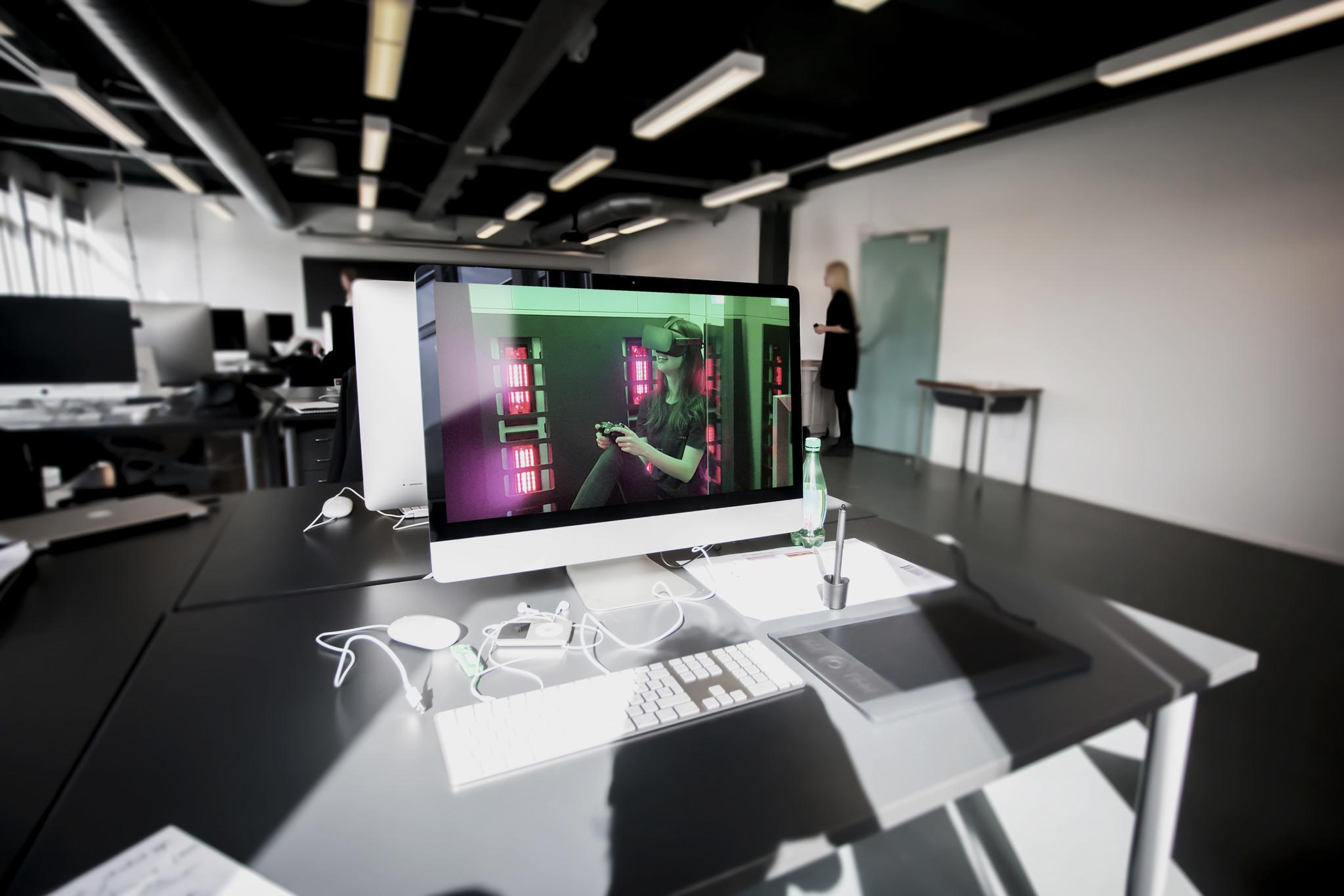 employee wellbeing office spaces multi sensory virtual reality sensiks