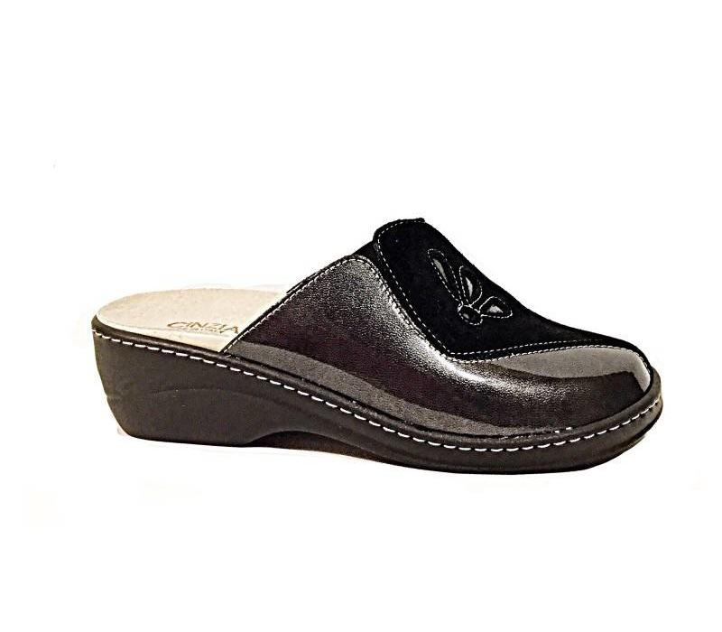IAEH33-CP Black Slipper