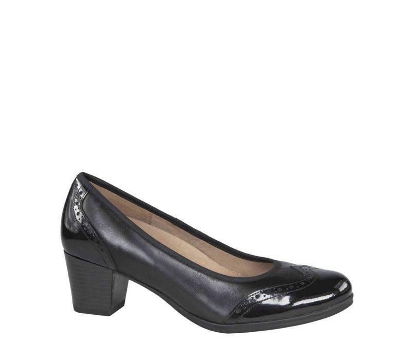 22414 Black Shoe