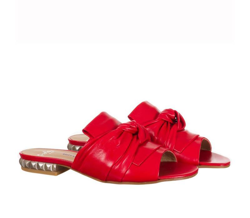 Perlato 10585 Red leather sliders