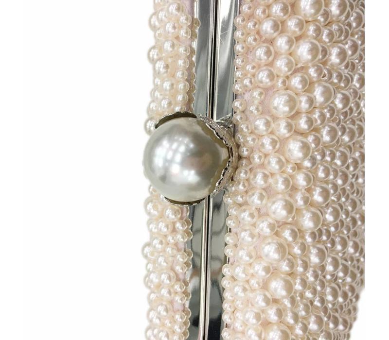 8177  Blush Pearl Clutch