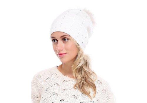 Peach Accessories SD02-1 White Beaded Pom Pom hat