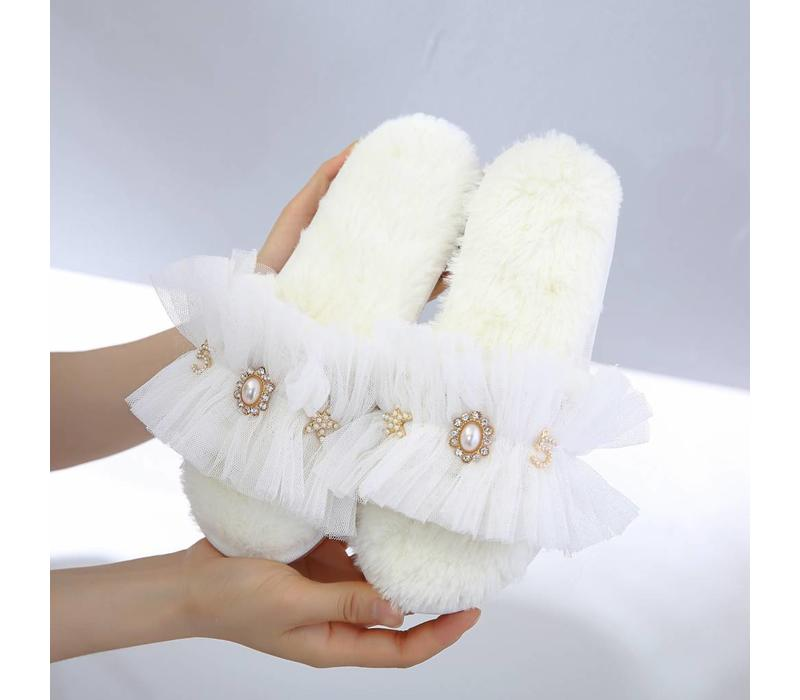 7014 Lacy Princess Slippers White