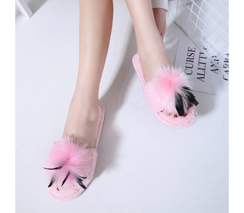 7017 Big fluffy Pom Pom Slippers