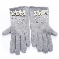 HA69 Silver Pearl Gloves