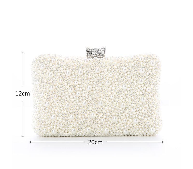 8255 Ivory Pearl Clutch Bag