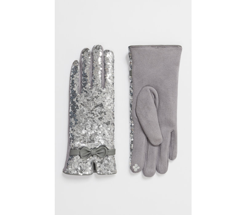 Pia Rossini RADIANCE Sequence Glove