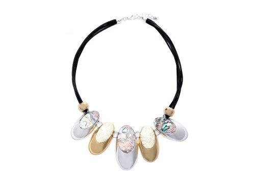 Peach Accessories Peach 103A-39 Gold necklace