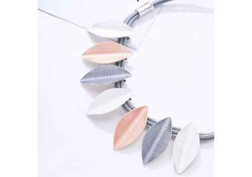 Peach Accessories Peach 103A-38 Pink/Silver necklace