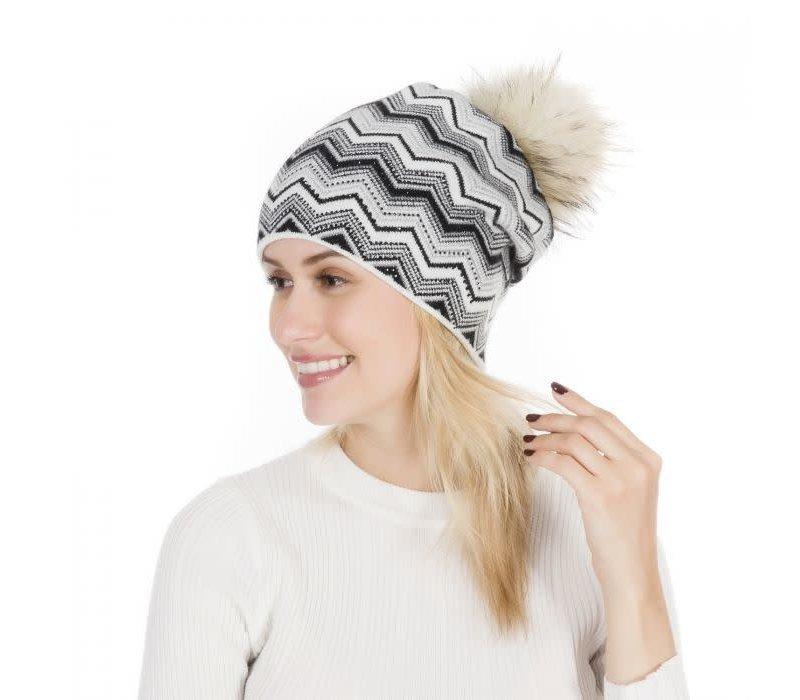 PEACH SD49 Blk/White Zigzag Hat