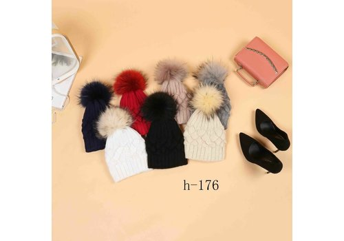 Footprints H-176 Cosy Hat with detachable Pom Pom