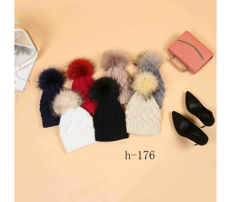 H-176 Cosy Hat with detachable Pom Pom