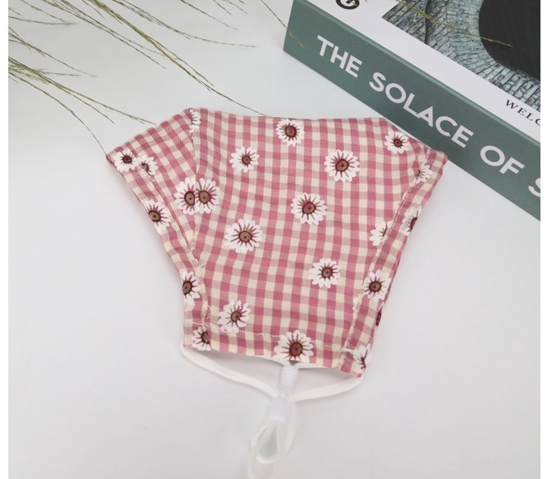 GESSY Pink Gingham Daisy Mask