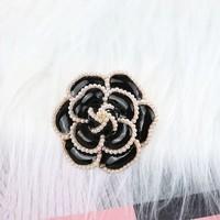 Black Pearl Rose Brooch