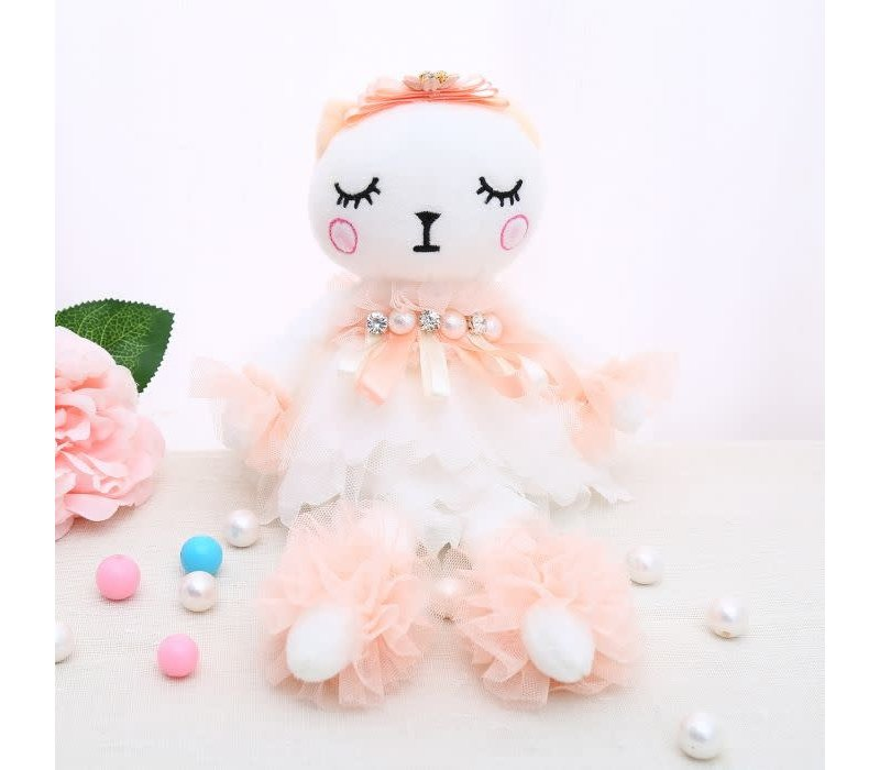 B41 Twin sister rag doll in Peach
