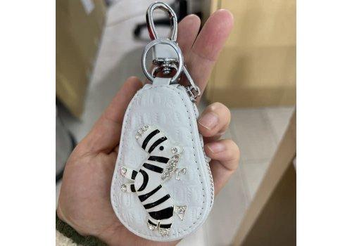 Peach Accessories 3041 Zebra Keychain Purse White