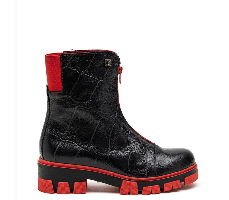 Jose Saenz 3009 Black/Red Zip Tracker