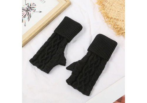 Peach Accessories SDN101 Black Cable knit Fingerless Gloves