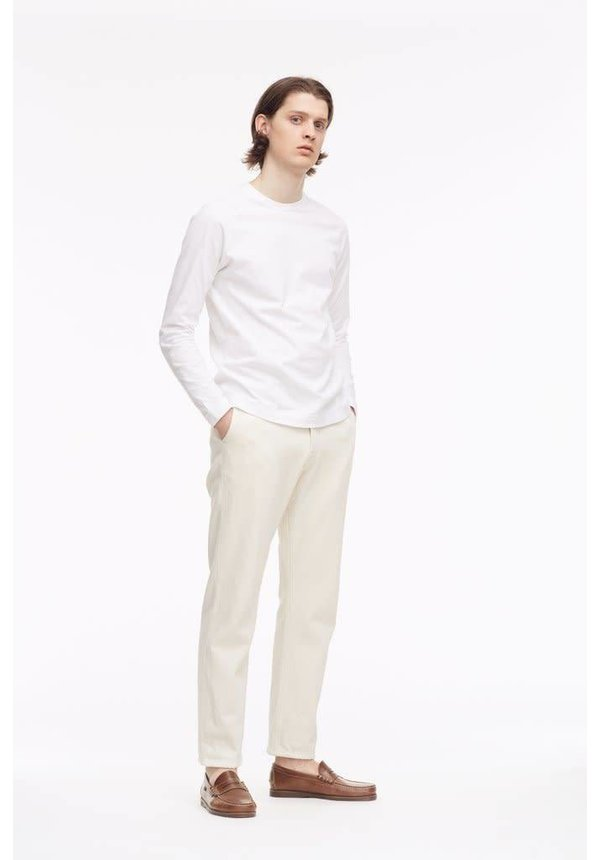 Livid Tue Straight Japan Off-White