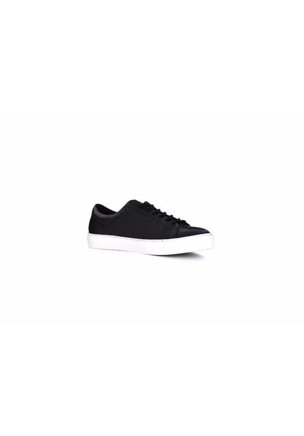 Spartacus Base Shoe Black