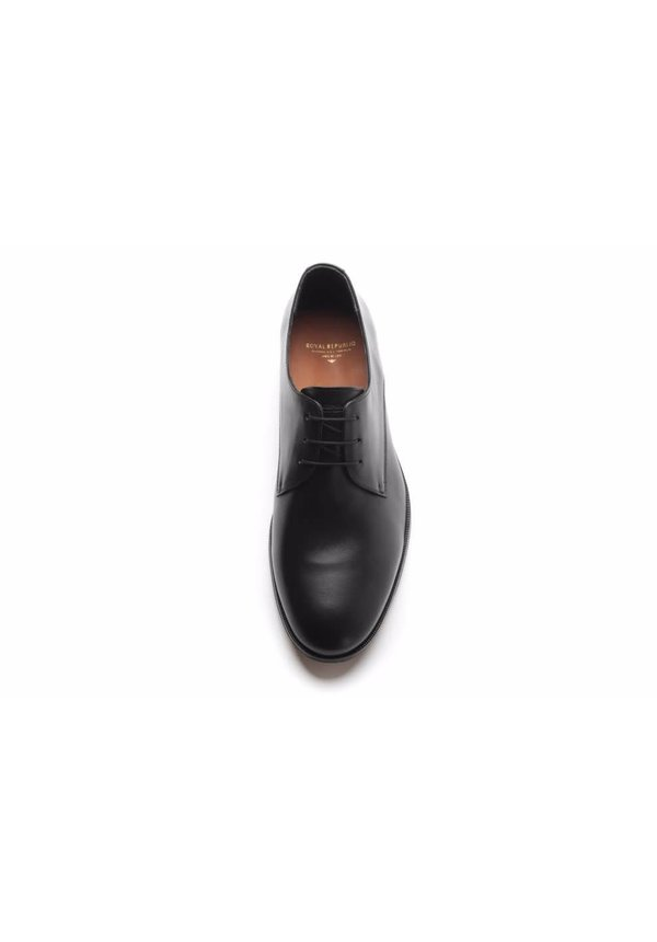 Cast Derby Classic Black