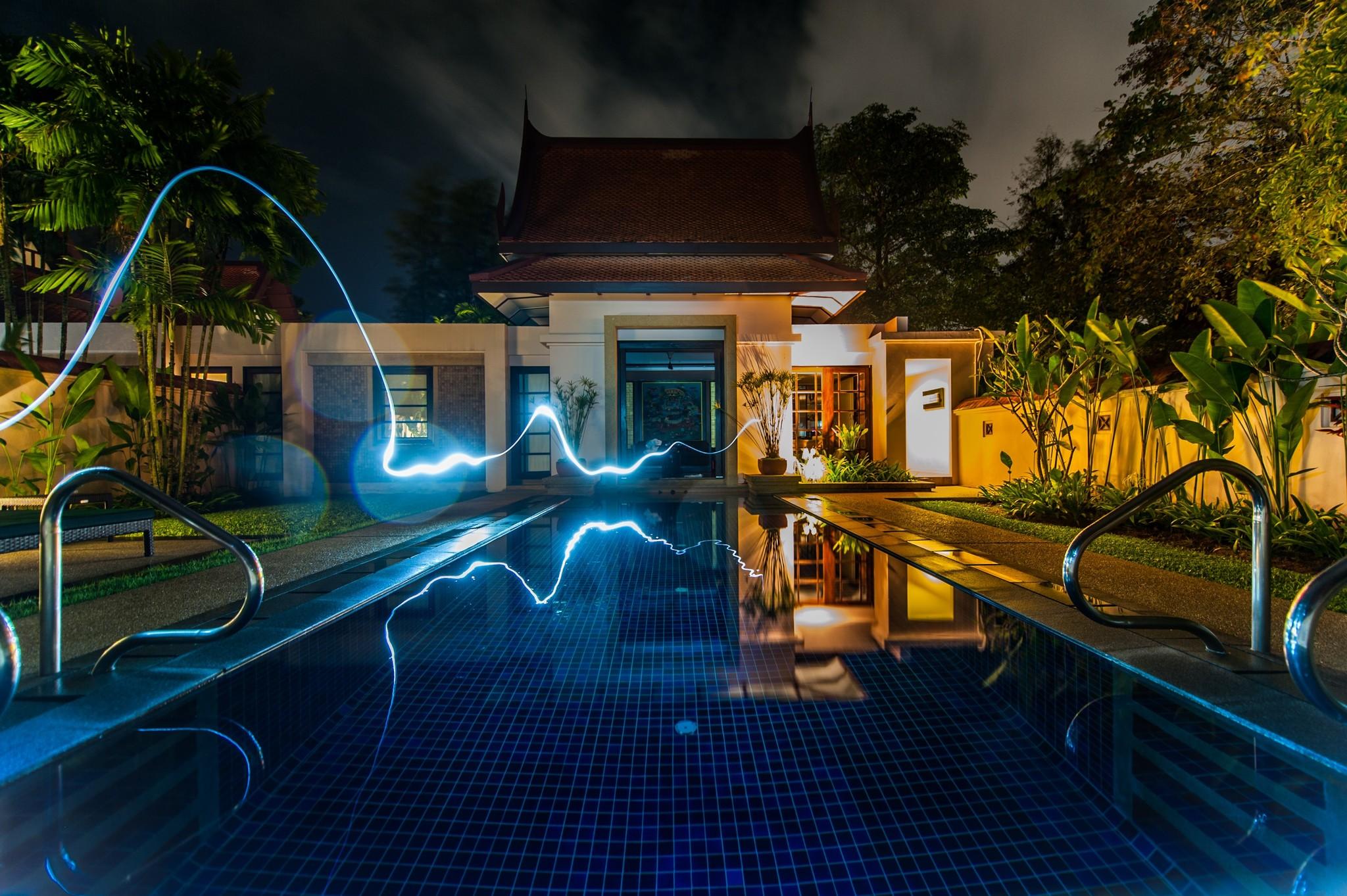 Zwembad verlichting: de sfeermaker onder water