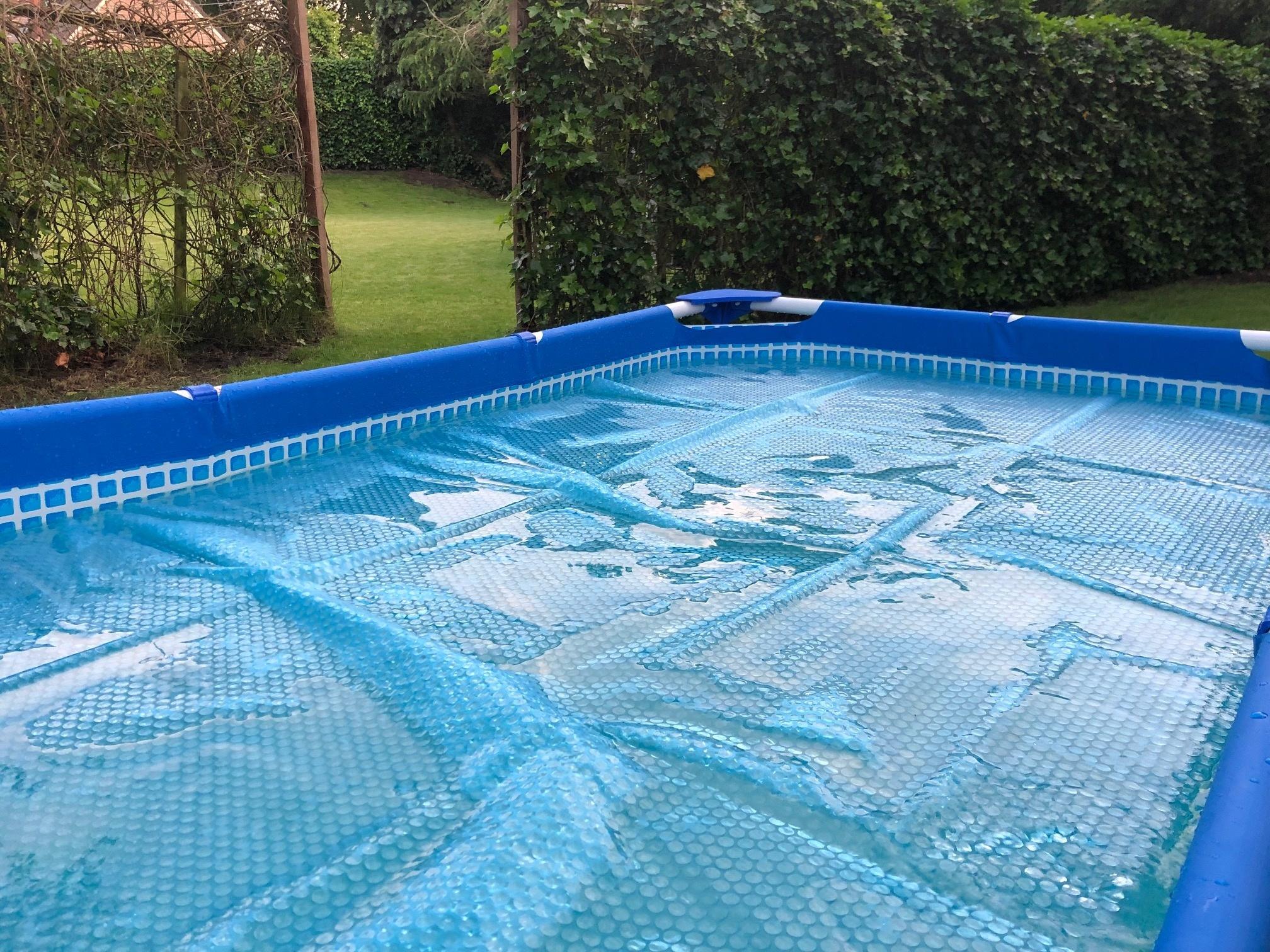 Een Intex zwembad solar afdekzeil kopen? Denk hier goed om!
