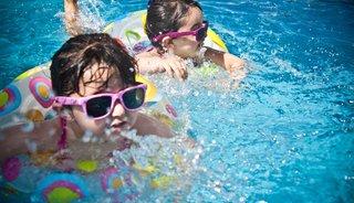 Zien! De vrolijkste kinderzwembaden van het moment