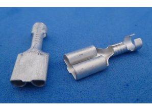19-2381  female 6,3 mm kontakt