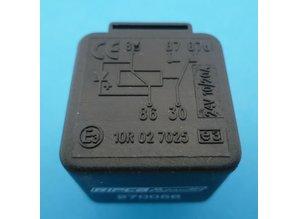 270056 24V relais wissel met diode