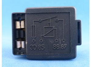 200102 relais met zekeringhouder
