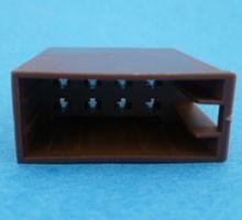 ISO8-BRN  ISO 8-polig