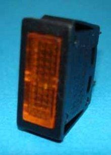 E451T oranje