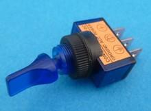 E136U aan/uit  blauw