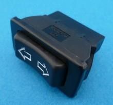 E697 schakelaar elektrische ramen etc.