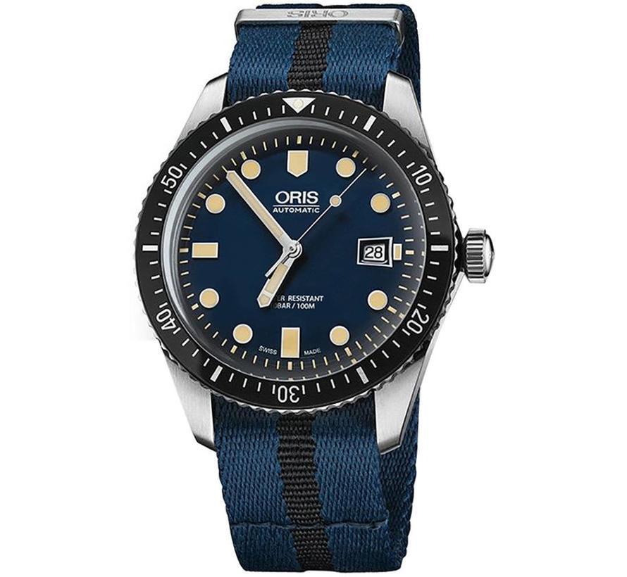 Divers Sixty-Five 0173377204055-07 5 21 28FC