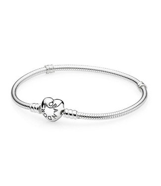 Pandora Silver bangle with heart-shaped clasp 590719