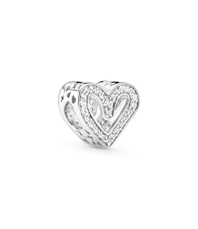 Pandora Sparkling Freehand Heart 798692C01