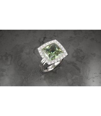 Willems Creations ring 18kt witgoud met Prasiolite en briljant 17938
