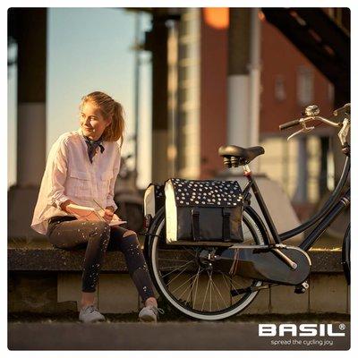 Basil Urban Load - dubbele fietstas - 48-53 liter - zwart met reflecterende stippen
