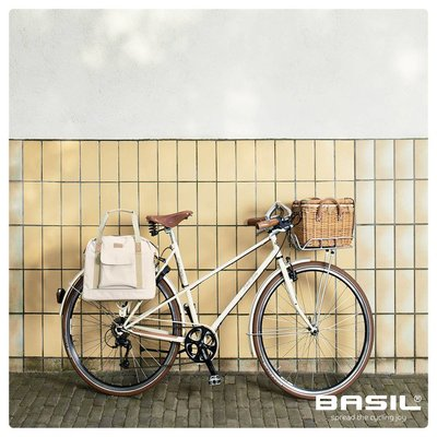 Basil Portland -  bicycle business bag - 19 liter - crème