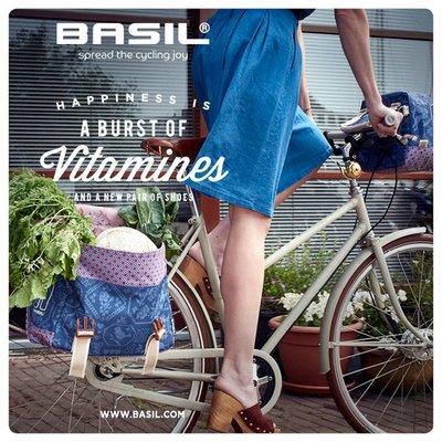 Basil Boheme Carry All - enkele fietstas - fietsschoudertas - 18L - indigo blauw