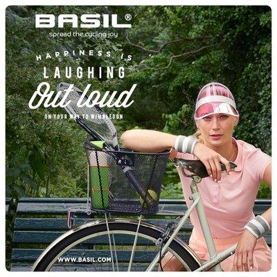 Basil Bold M - bicycle basket - rear - black