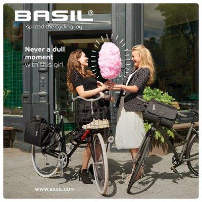 Basil Noir - city handlebar bag - 6 liter -  black