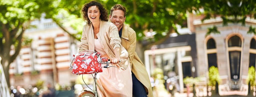 MYBIKE nach einem Vergleich von 15 Fahrradtaschen unsere Basil Magnolia City!