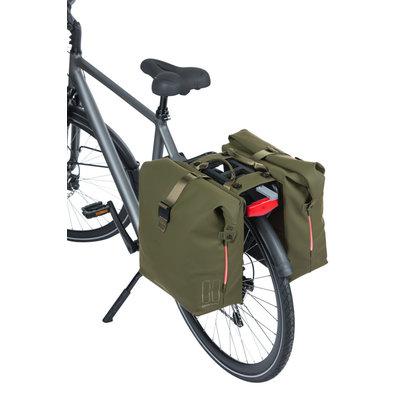 Basil SoHo Nordlicht MIK - bicycle double bag - 41 liter - moss green