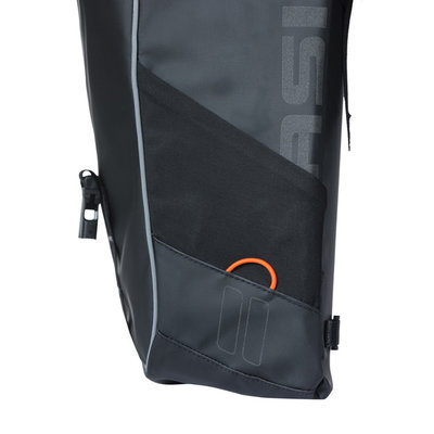 Basil Miles Tarpaulin - double bag MIK - 34 liter - black/orange