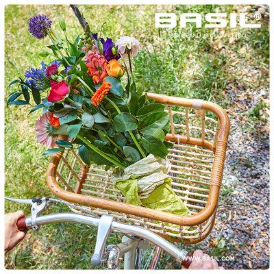 Basil Green Life - Rattan Fahrradkorb - Large - vorne - naturel braun