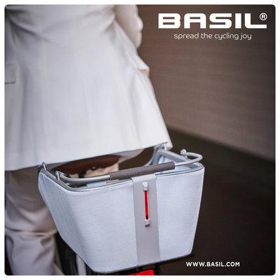 Basil Cento Tech Fiber Nordlicht MIK - bicycle basket - rear - blue silver