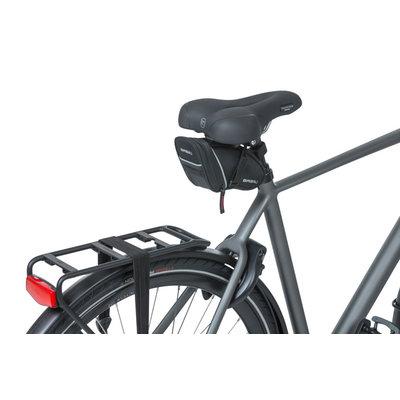 Basil Sport Design - zadeltas M - 1 liter - zwart